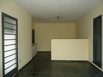 Alugar Casas / Padrão em São José do Rio Pardo R$ 800,00 - Foto 7