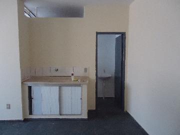 Alugar Casas / Padrão em São José do Rio Pardo R$ 800,00 - Foto 8