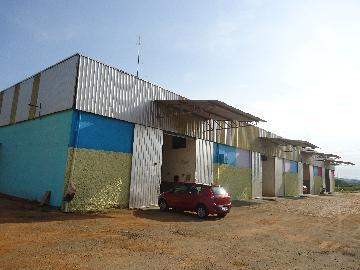 Alugar Comerciais / Barracões em São José do Rio Pardo. apenas R$ 1.650,00