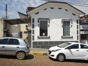 Sao Jose do Rio Pardo Centro Casa Locacao R$ 1.120,00 4 Dormitorios 2 Vagas Area do terreno 167.60m2 Area construida 97.20m2