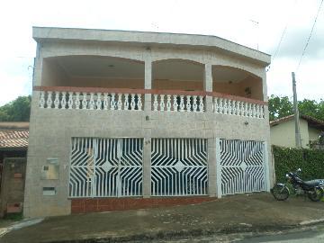 Alugar Casas / Padrão em São José do Rio Pardo. apenas R$ 1.350,00