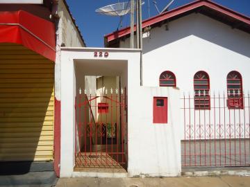 Sao Jose do Rio Pardo Centro Casa Locacao R$ 700,00 2 Dormitorios