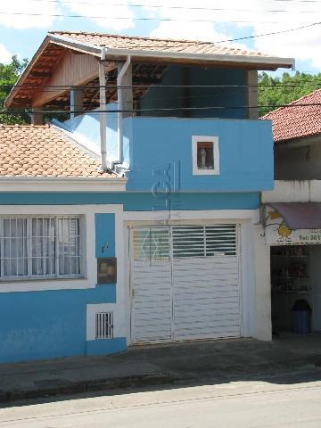 Alugar Casas / Padrão em Caconde. apenas R$ 550.000,00