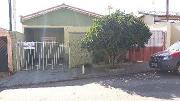 Alugar Casas / Padrão em São José do Rio Pardo. apenas R$ 150.000,00