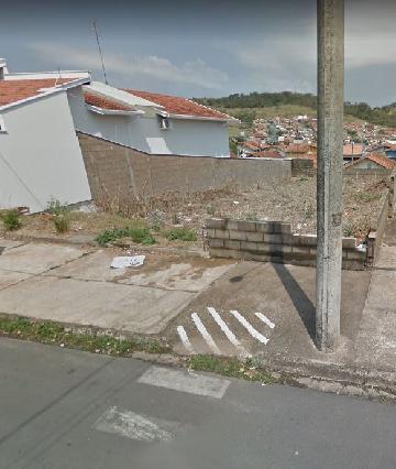 Terrenos / Padrão em São José do Rio Pardo