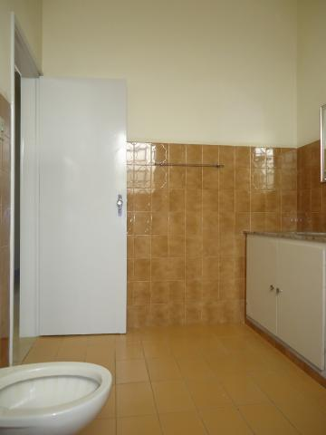 Alugar Casas / Padrão em São José do Rio Pardo R$ 2.000,00 - Foto 35