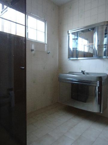 Alugar Casas / Padrão em São José do Rio Pardo R$ 1.300,00 - Foto 18