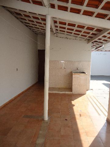 Alugar Casas / Padrão em São José do Rio Pardo R$ 1.300,00 - Foto 35