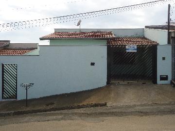 Alugar Casas / Padrão em São José do Rio Pardo. apenas R$ 890,00