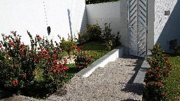 Comprar Casas / Padrão em São José do Rio Pardo R$ 690.000,00 - Foto 2