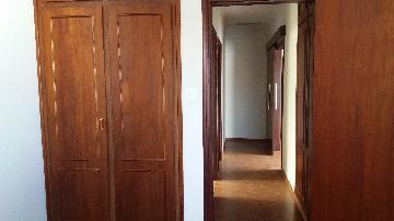 Comprar Casas / Padrão em São José do Rio Pardo R$ 690.000,00 - Foto 14