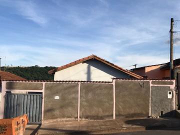 Alugar Casas / Padrão em São José do Rio Pardo. apenas R$ 135.000,00