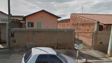 Alugar Casas / Padrão em São José do Rio Pardo. apenas R$ 530,00