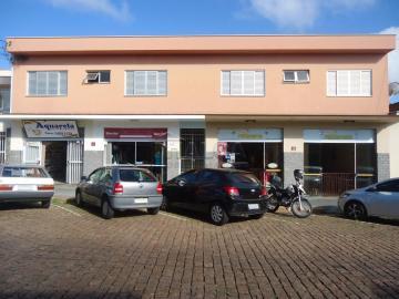 Alugar Apartamentos / Padrão em São José do Rio Pardo. apenas R$ 950,00