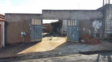 Alugar Casas / Padrão em São José do Rio Pardo. apenas R$ 130.000,00