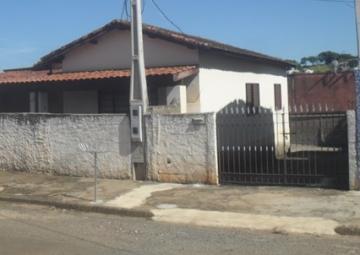 Casas / Padrão em São José do Rio Pardo Alugar por R$570,00