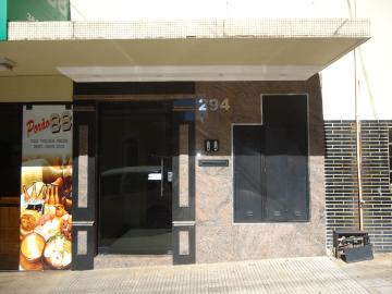 Apartamentos / Padrão em São José do Rio Pardo Alugar por R$2.220,00