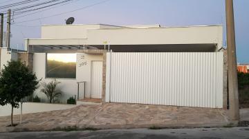 Alugar Casas / Padrão em São José do Rio Pardo. apenas R$ 560.000,00