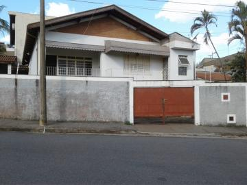 Alugar Casas / Padrão em São João da Boa Vista. apenas R$ 320.000,00