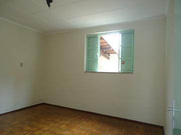 Alugar Casas / Padrão em São José do Rio Pardo R$ 1.120,00 - Foto 8