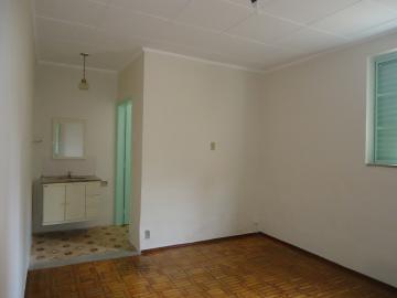 Alugar Casas / Padrão em São José do Rio Pardo R$ 1.120,00 - Foto 9