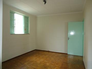 Alugar Casas / Padrão em São José do Rio Pardo R$ 1.120,00 - Foto 12