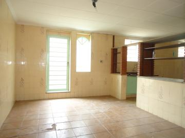 Alugar Casas / Padrão em São José do Rio Pardo R$ 1.120,00 - Foto 16