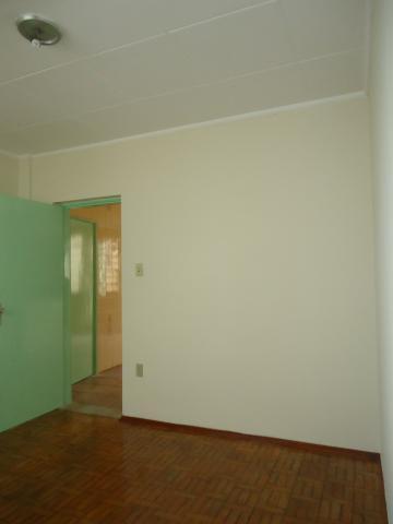 Alugar Casas / Padrão em São José do Rio Pardo R$ 1.120,00 - Foto 15