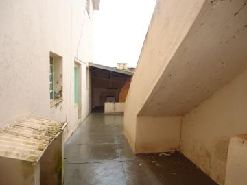 Alugar Casas / Padrão em São José do Rio Pardo R$ 1.120,00 - Foto 34