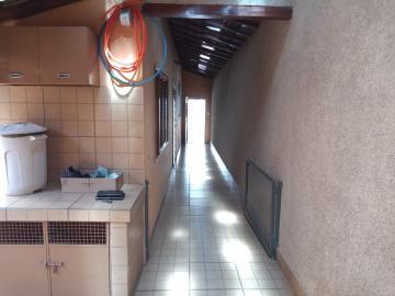 Alugar Casas / Padrão em São José do Rio Pardo R$ 1.650,00 - Foto 10