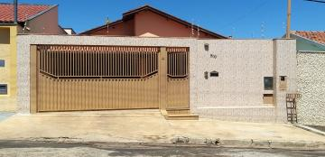 Alugar Casas / Padrão em São José do Rio Pardo. apenas R$ 1.650,00