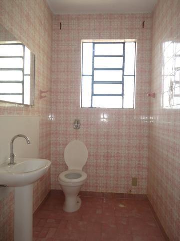 Alugar Casas / Padrão em São José do Rio Pardo R$ 1.700,00 - Foto 16