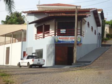 Alugar Casas / Padrão em São José do Rio Pardo. apenas R$ 1.500,00