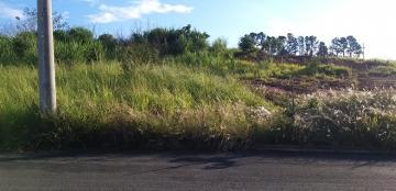 Comprar Terrenos / Padrão em São José do Rio Pardo R$ 120.000,00 - Foto 1