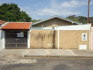 Alugar Casas / Padrão em São José do Rio Pardo. apenas R$ 945,00