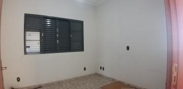 Comprar Casas / Padrão em São José do Rio Pardo R$ 420.000,00 - Foto 4