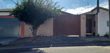 Casas / Padrão em São José do Rio Pardo , Comprar por R$180.000,00