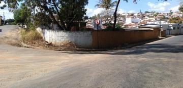 Alugar Terrenos / Padrão em São José do Rio Pardo. apenas R$ 265.000,00