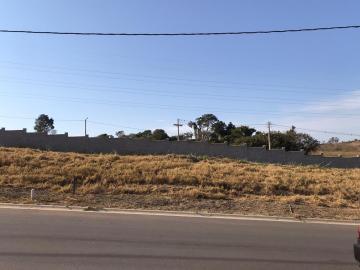 Terrenos / Padrão em São José do Rio Pardo , Comprar por R$30.000,00