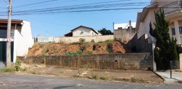 Terrenos / Padrão em São José do Rio Pardo , Comprar por R$280.000,00