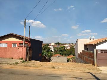 Alugar Terrenos / Padrão em São José do Rio Pardo. apenas R$ 80.000,00
