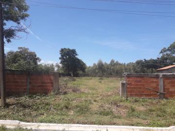 Terrenos / Padrão em São José do Rio Pardo , Comprar por R$110.000,00
