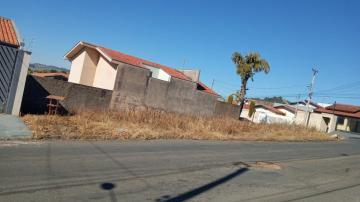 Terrenos / Padrão em São José do Rio Pardo , Comprar por R$112.000,00