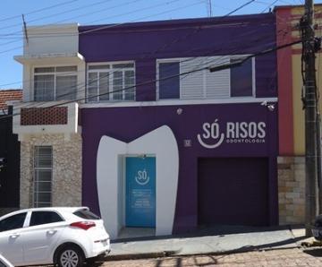 Comerciais / Salas em São José do Rio Pardo