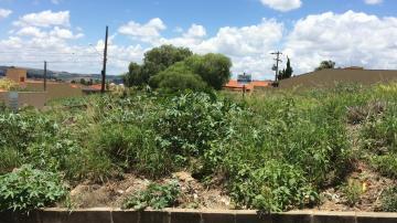Alugar Terrenos / Padrão em São José do Rio Pardo. apenas R$ 320.000,00