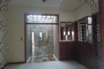 Alugar Casas / Padrão em São José do Rio Pardo R$ 2.000,00 - Foto 6