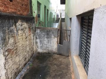 Alugar Casas / Padrão em São José do Rio Pardo R$ 1.200,00 - Foto 17