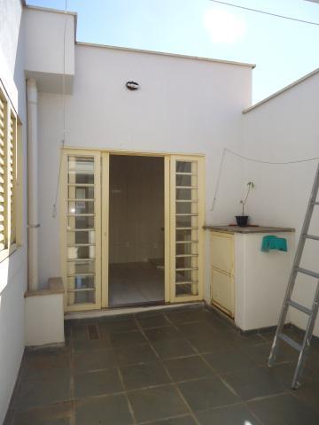 Alugar Apartamentos / Padrão em São José do Rio Pardo R$ 950,00 - Foto 31