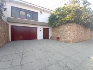 Alugar Casas / Padrão em São José do Rio Pardo. apenas R$ 1.580,00