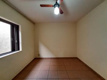 Alugar Casas / Padrão em São José do Rio Pardo R$ 1.300,00 - Foto 13